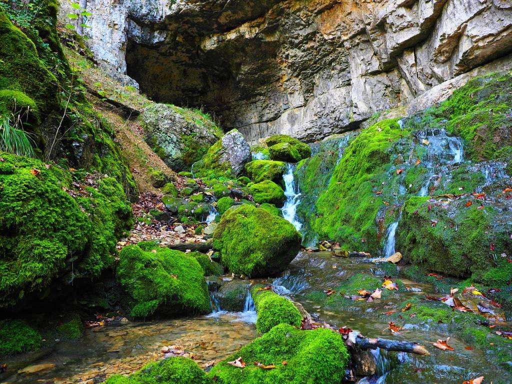 Kraftplatz Höhle