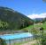 Blick vom Schwimmbad in das Tal